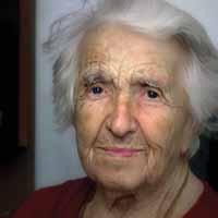 Жизнь до 100 лет заложена в женских генах