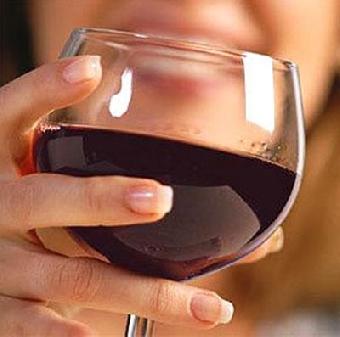 Употребление вина помогает сохранить молодость