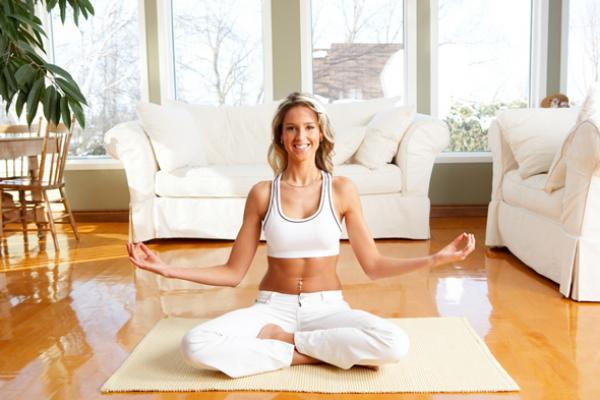 Чем полезна йога для женщин?