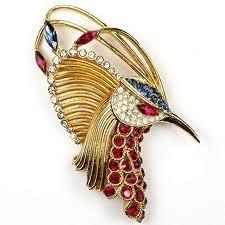 Что выбрать: украшения из золота или бижутерию?