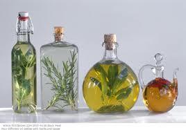 Масляные вытяжки из цветов растений, и их польза для нашего тела