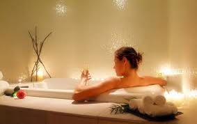 Принятие ванны с отрубями
