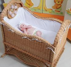 Кроватка для ребенка: основные требования