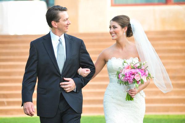 На чем жених и невеста поедут на свадьбу ?