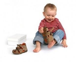 Шнурки, ремешки или липучки