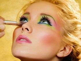 Особенности применения современной косметики