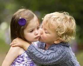 Со скольки лет можно целоваться картинки