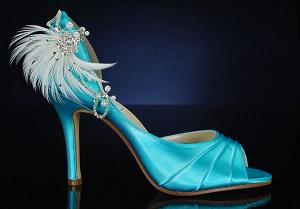 украсить свадебную обувь