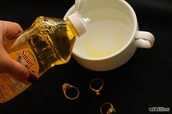 Как ухаживать и чистить старинные драгоценности